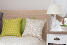 Vankúšiky kombinované z výpredajových tkanín a kolekcie Jupiter. #vankuse#spalna#obyvacka#detskaizba#kvety Throw Pillows, Bed, Fabric, Home Decor, Tejido, Toss Pillows, Tela, Decoration Home, Cushions