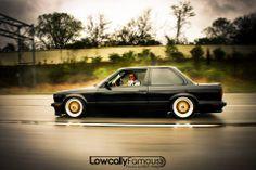 BMW E30 3 series black slammed