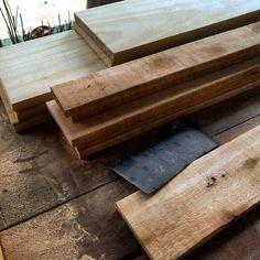 #Pine #planks and #recovered #pallet #planks #recycle #wood #design #furniture #carpentry #BeBop #bebopmuebles #misiones #argentina
