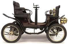 Photo above courtesy of the Louwman Museum, showing a 1900 h. Vis-A Vis … Photo above courtesy of the Louwman Museum, showing a 1900 h. Vis-A Vis that they have on exhibit in the collection. Old Vintage Cars, Old Cars, Antique Cars, Classic Car Show, Classic Cars, Veteran Car, Museum, Limousine, Japanese Cars