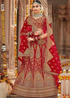 #lehenga #saree #lehengacholi #fashion #indianwedding #indianwear #ethnicwear #wedding #indianfashion #indianbride #bridallehenga #onlineshopping #kurti #lehengalove #bridalwear #weddingdress #designerlehenga #designer #lehengas #bridal #weddinglehenga Designer Bridal Lehenga, Indian Bridal Lehenga, Indian Bridal Wear, Lengha Choli Online, Lehenga Choli Latest, Sarees, Lehenga Style, Red Lehenga, Bridal Outfits