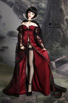The Porcelain China Diane Code: 6773212468 Pretty Dolls, Cute Dolls, Beautiful Dolls, Gothic Dolls, Victorian Dolls, Dainty Doll, Bad Barbie, Enchanted Doll, Barbie Gowns