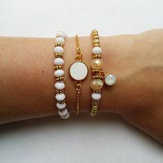 Handmade Bracelets White and Gold with swarovski - DIY + materials to make your own at http://www.beadsandbasics.com/nl/armbandjes-wit-en-goud.html