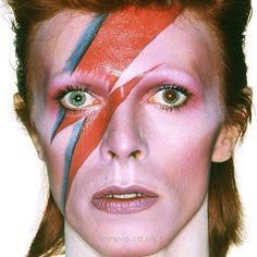 Download every Bowie track @ Iomoio.co.uk  Download the music @ http://www.iomoio.co.uk/bonus.php