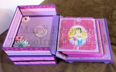 Disney's Princesses Mini Album with Easel by ThreeInsistentDogs