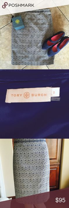 Tory Burch pencil skirt navy& white Navy & white pattern, zip back, sold out. 22.5 inches measured flat. 60% cotton, 4% spandex, 36% polyester.  Fully lined. Classic Tory! Size 2 Never worn. NWOT. Model in store had white shirt and navy cashmere sweater, navy heels. Tory Burch Skirts Pencil