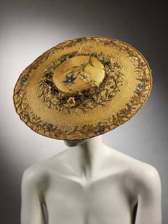 Round, flat straw hat embroidered with straw-work flowers. Round, flat straw hat with shallow crown. Embroidered with straw-work flowers on crown and around brim, a wreath of straw flowers around crown. Straw, plaited and dyed. 18th Century Clothing, 18th Century Fashion, 17th Century, Retro Mode, Mode Vintage, Historical Costume, Historical Clothing, Historical Dress, Shoes