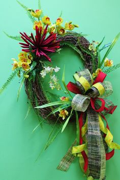 More beautiful wreaths like this one go to Anderson's Interiors https://www.facebook.com/pages/Andersons-Interiors/208369055849981