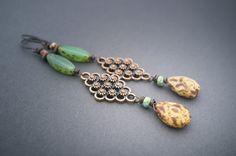 rustic tribal earrings • frosted glass • organic • long earrings • bohemian • Czech beads • teardrop • gipsy • beaded earrings • entre2et7