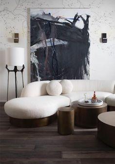 Interior Design Addict: R Hughes Luxurious, elegant and beautiful living room designed by Primocasa with curved sofa. Sofa Design, Canapé Design, Design Ideas, Design Projects, Design Trends, New Living Room, Living Room Interior, Living Room Decor, Dining Room