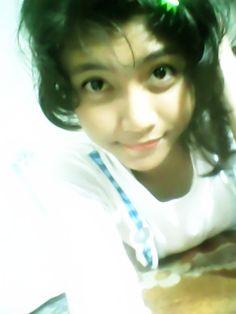 it's really a cutie girl! LoL :D