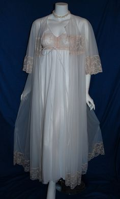 1960s 1970s Intime Peignoir Set Robe Night gown