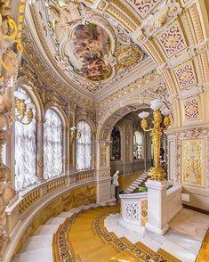 Architecture Baroque, Beautiful Architecture, Beautiful Buildings, Interior Architecture, Beautiful Places, Russian Architecture, Ancient Architecture, Palace Interior, Interior And Exterior