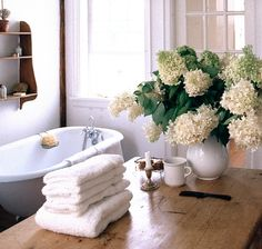 The Natural Home by Tricia Foley White Cottage, Cozy Cottage, Cottage Style, Garden Cottage, Cottage House, Victorian Bath, Interior And Exterior, Interior Design, Beautiful Bathrooms