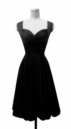 Beautiful little black dress!