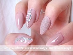 So beautiful nail art decoration. You could use 15% off code(BTST15) buy it here: http://www.ladyqueen.com/20pcs-elegant-pearl-ball-jewelry-3dnail-decoration-nail-art-na0718.html http://www.mirrorowisko.pl/2016/03/niebezpieczna-klasyka.html