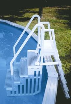 Make entry and exit from your Above Ground pool easy with this 5 in-pool step and flip up ladder. Unit can be mounted to pool or decks up to 60 inches. Above Ground Pool Steps, Above Ground Pool Ladders, Above Ground Swimming Pools, In Ground Pools, Oberirdische Pools, Cool Pools, Sauna Infrarouge, Pool Landscape Design, Backyard Pool Landscaping
