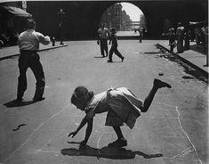 Il gioco del mondo, 1952