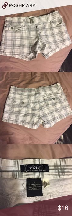 YMI shorts White shorts with grey pattern. YMI Shorts