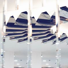 Детали нашего проекта. Подиум Маркет ТО Европейский. #oneoverone_design #oneoverone_artburo #oneoverone_buro #podiummarket #retail #design #details #light #mirror