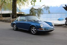 Porsche 911 2.2T Targa - Woowmotors Porsche 911 Targa, Classic Cars, Cutaway, Vintage Classic Cars, Classic Trucks