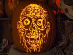 awesome zombie/TWD pumpkin carving!