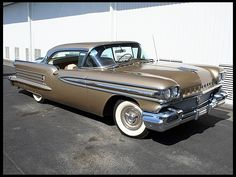 1958 Oldsmobile Holiday Super 88 371/310 HP, Continental Kit for sale by Mecum Auction
