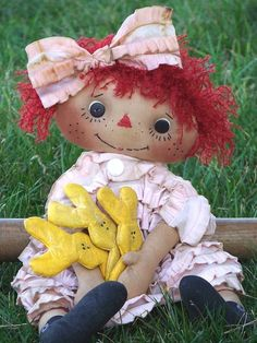 Annie and her Easter Peeps Raggedy (211) $6.01