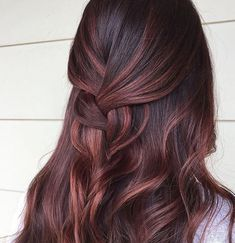 43 Elegant Brunette Hairstyles Ideas For Lovely Women 114 Red Balayage Hair, Hair Highlights, Ombre Hair, Pink Hair, Rose Gold Balayage Brunettes, Hair Color And Cut, Cool Hair Color, Cabelo Tiger Eye, Cabelo Rose Gold