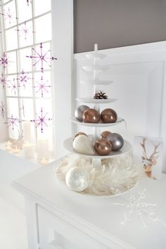 Want, need and have to get this white Babell! Christmas Is Coming, Retro Futurism, Home Collections, Home Accessories, Candle Holders, Rustic, Design, Xl, Cake Stands