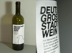 05_mai_002 Wine, Bottle, Drinks, Flask, Drink, Beverage, Drinking