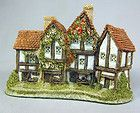 David Winter Cottages The Apothecarys Shop Collectable