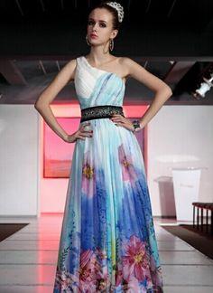 Tryckta svenska mode balklänningar online shop