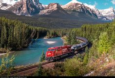 8787 Canadian Pacific Railway GE at Lake Louise, Alberta, Canada by Michael Forster Canadian National Railway, Canadian Pacific Railway, Railroad Photography, Nature Photography, Locomotive, Old Steam Train, Old Trains, Train Pictures, Canada