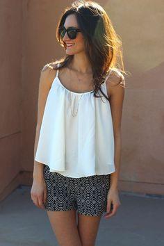 Flowy white top & Patterned   http://newfashiontrendsforgirls.blogspot.com
