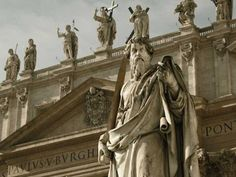 Book Vatican Museums Tickets online including the Sistine Chapel. Skip The Line Vatican Tickets, Save Up to 2 Hours and Guaranteed Entry. 3 Days In Rome, Bronze Age Civilization, Museum Tickets, Architecture Old, Basilica Architecture, Neoclassical Architecture, Sistine Chapel, Ancient Rome, Roman Catholic