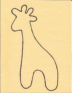 Op vraag het patroon van de giraf. Je print hem af op de grote die je zelf wenst. Uitknippen, overtekenen en naadwaarde toevoegen van 1 cm Waarom overtekenen? Zo is het makkelijker de vorm van de g…