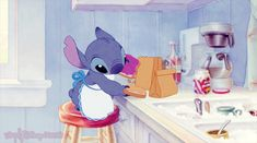 disney disney gif Lilo and Stich Stich Disney Pixar, Disney Gifs, Disney Songs, Arte Disney, Disney Animation, Disney And Dreamworks, Disney Love, Disney Magic, Disney Characters