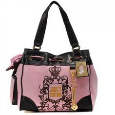 http://www.bagsandtracksuits.com/juicy-couture-daydreamer-lace-crest-pink-handbag-p-354.html         Juicy Couture Daydreamer Lace Crest Pink Handbag