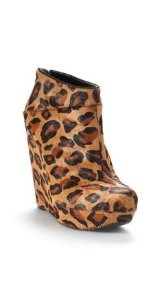 Leopard Wedge Booties || Yes, please.