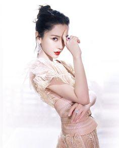 Iris Van Herpen, Angelababy, Green Carpet, Chinese Actress, Couture, Beautiful Asian Women, Asian Woman, Lace Skirt, China