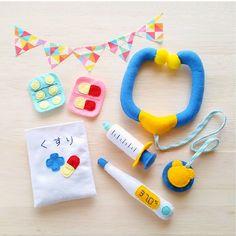 Diy Gifts For Kids, Craft Gifts, Diy For Kids, Crafts For Kids, Sewing Toys, Sewing Crafts, Felt Crafts, Diy And Crafts, Felt Games