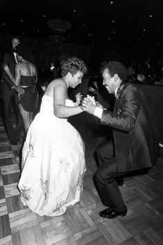 Aretha Franklin, Chuck Jackson 1982 Music Photographic Print - 30 x 46 cm Soul Music, My Music, Music Icon, Music Genius, Aretha Franklin, Music Artists, Soul Artists, Motown, Record Producer