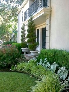 Awesome 75 Gorgeous Front Yard Garden Landscaping Ideas https://crowdecor.com/75-gorgeous-front-yard-garden-landscaping-ideas/