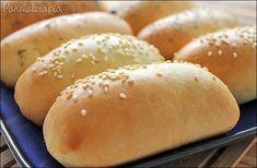 Pãozinho delícia é o que tem p/ hoje amados! Fácil de fazer, daqueles bem fofinhos, sacoé? Quando eu faço as vezes já recheio com vários sabores (carne moída, calabresa, presunto e queijo… e …