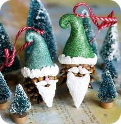 Pine cone gnomes. Would be fun to make with the kids using play doh, construct paper, etc.
