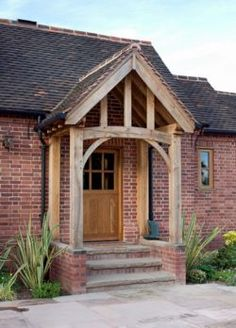 Gable end porch with steps inside Front Door Steps, Front Door Porch, Porch Doors, Porch Steps, Back Doors, Side Porch, Front Porches, Porch Uk, House With Porch