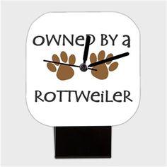 Köpekli - Owned By a Rottweiler - Kendin Tasarla - Kare Masa Saati