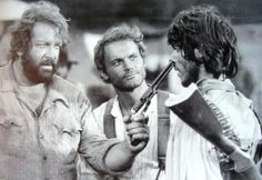 Bud Spencer & Terence Hill in They Call Me Trinity Western Film, Western Movies, Bud Spencer Terence Hill, Professional Swimmers, Westerns, Der Bus, Actor Picture, Mario, Best Actor