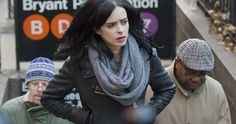 Nerd Alert: Jessica Jones Easter Eggs & Fantastic Four Honest Trailer -- Scott Stapp from Creed reviews Creed and Attack of the Clones gets an alternate ending in today's Nerd Alert! -- http://movieweb.com/jessica-jones-easter-eggs-fantastic-four-honest-trailer-nerd/